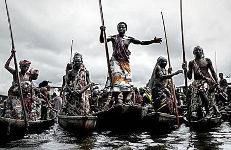 Tribo Tofino: O Povo da Água