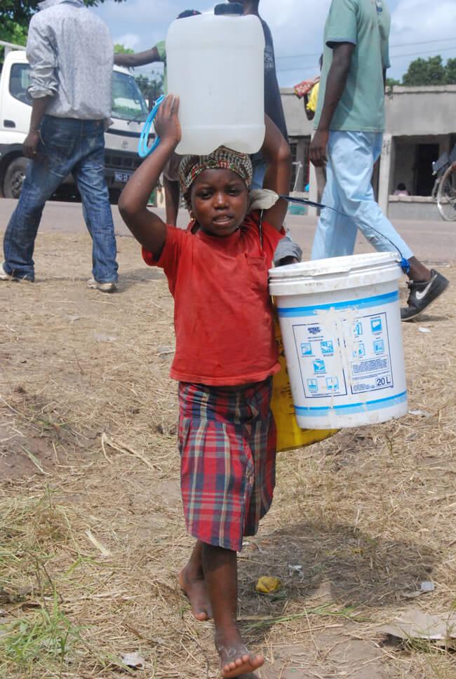 agua-abastecimento-mocambique (2)