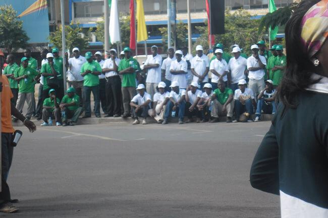 desfile primeiro de Maio maputo