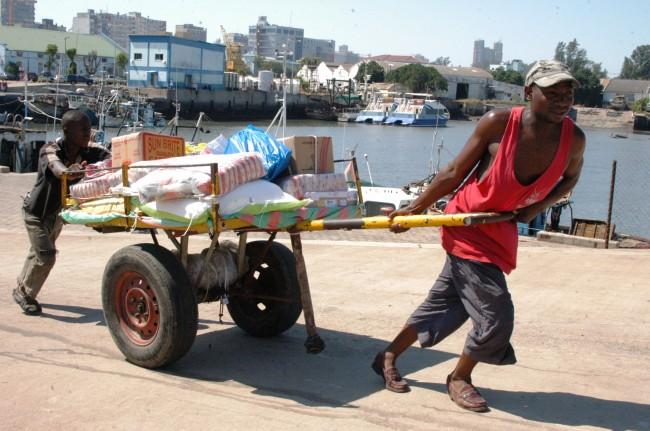 De Catembe a Maputo (A Realidade)