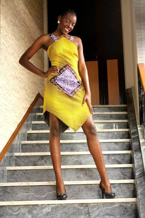 Vestido de capulana Amarelo, a cor do verão