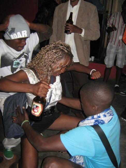Noites de Maputo Bebedeira