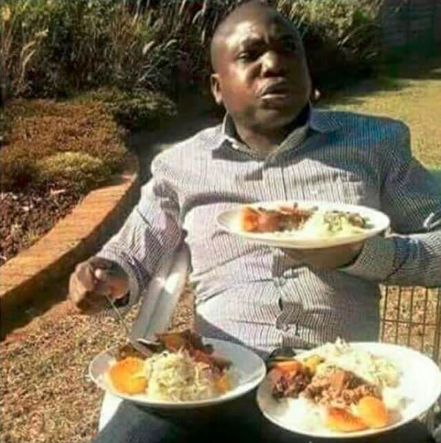 Nas festas come por ele e pela familia