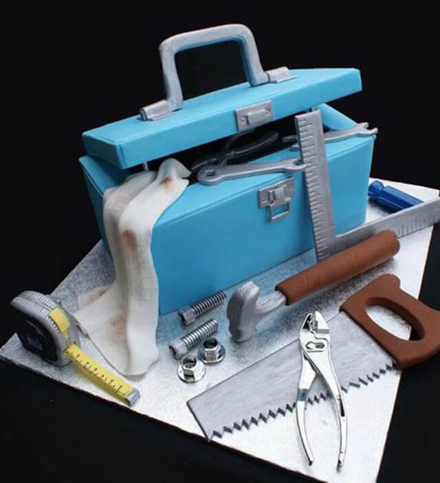 Bolo caixa de ferramentas