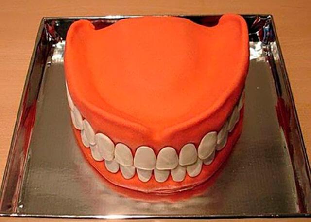 Bolo dentadura