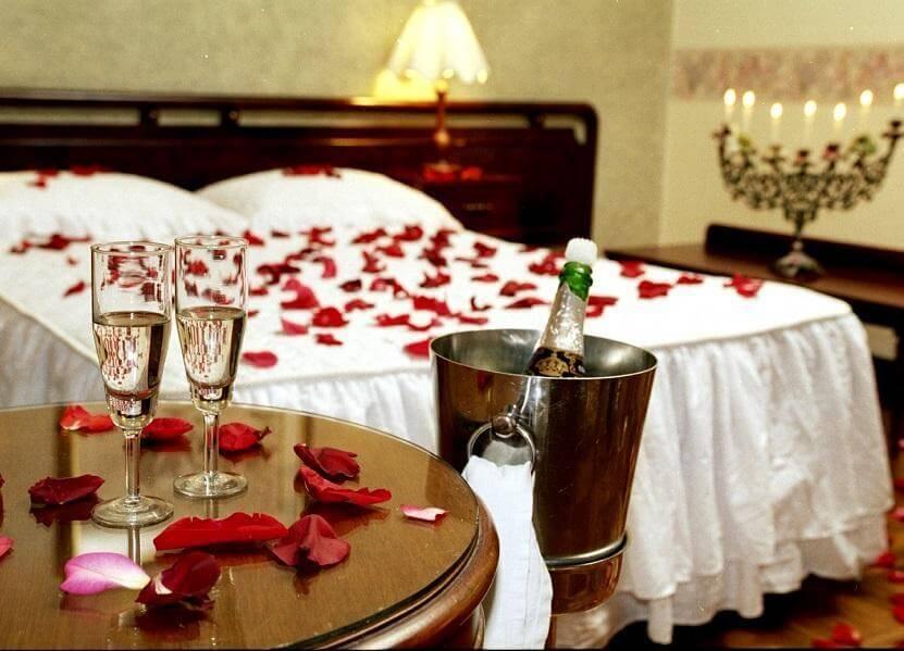 Dicas para presentear seu amor no dia dos namorados 14 for Cuartos decorados para una noche de amor